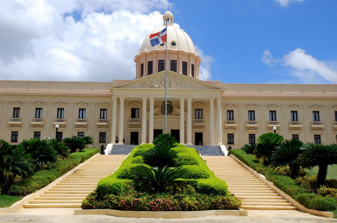 Llamar a Republica Dominicana. Prefijo:176